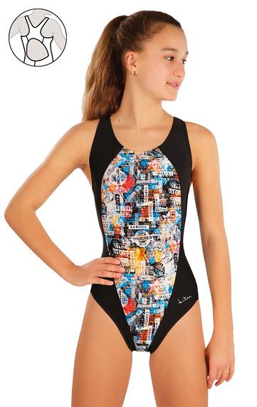 Dívčí jednodílné sportovní plavky.