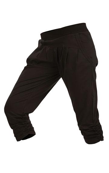 Kalhoty dámské bokové v 3/4 délce.