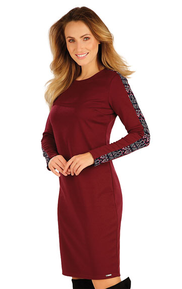 Šaty, sukně, tuniky > Šaty dámské s dlouhým rukávem. 7A043