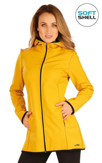 Bunda dámská softshellová s kapucí.
