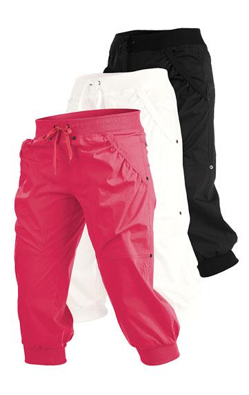 Kalhoty dámské v 3/4 délce.